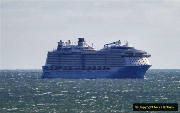 2020-09-25 Poole Bay. (10) Anthem of the Seas.10