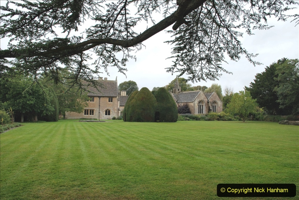 2020-09-30 Covid 19 Visit to Great Chalfield Manor & Gardens, Wiltshire. (42) 042