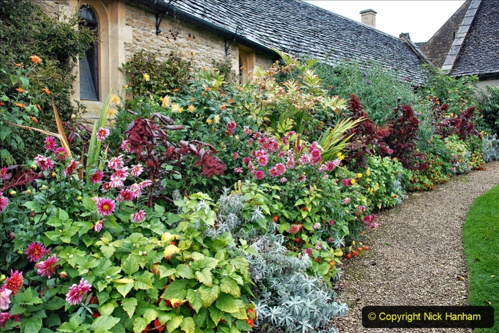 2020-09-30 Covid 19 Visit to Great Chalfield Manor & Gardens, Wiltshire. (109) 109