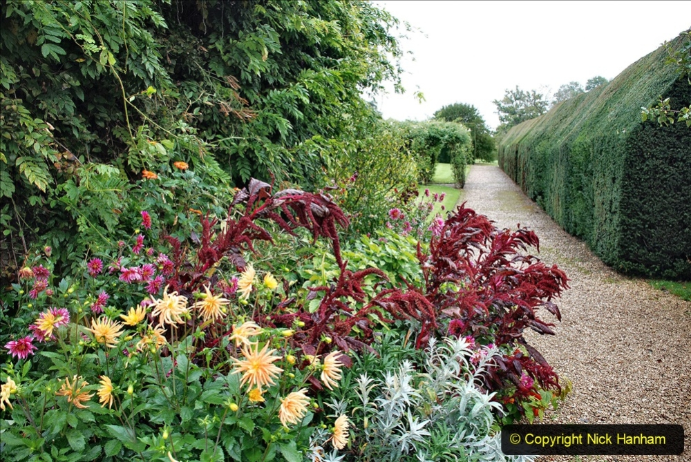 2020-09-30 Covid 19 Visit to Great Chalfield Manor & Gardens, Wiltshire. (122) 122