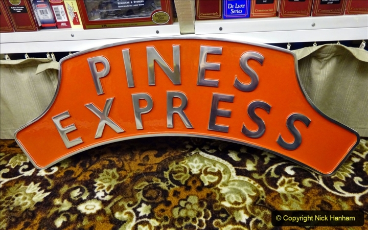 2020-11-13 The Pines Express headboard. (6) 039