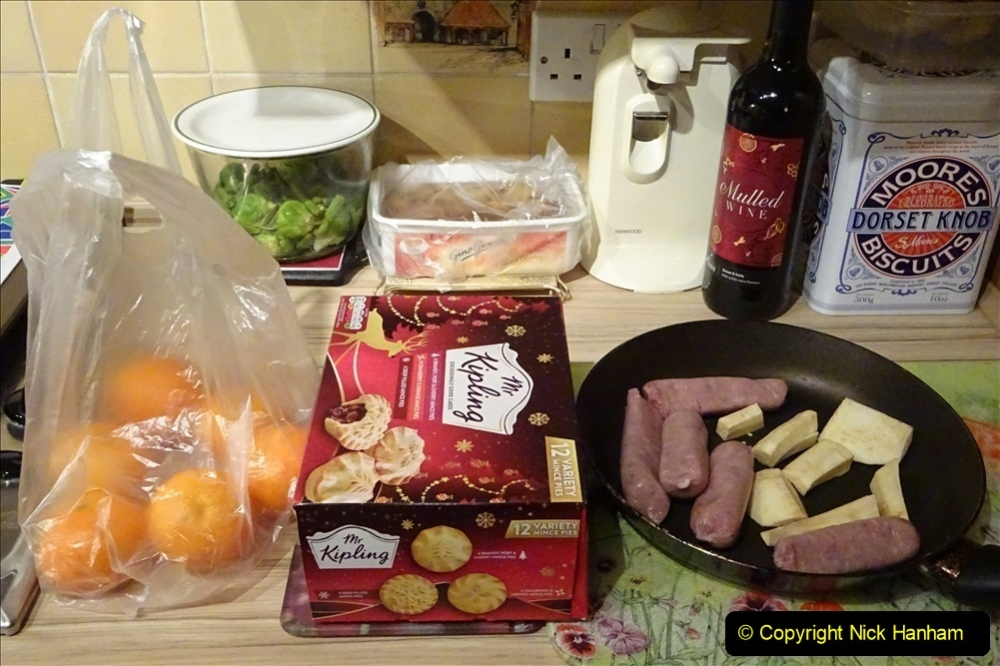 2020-01-01 Your Host Does A New Years Day Cook In. (2) 017