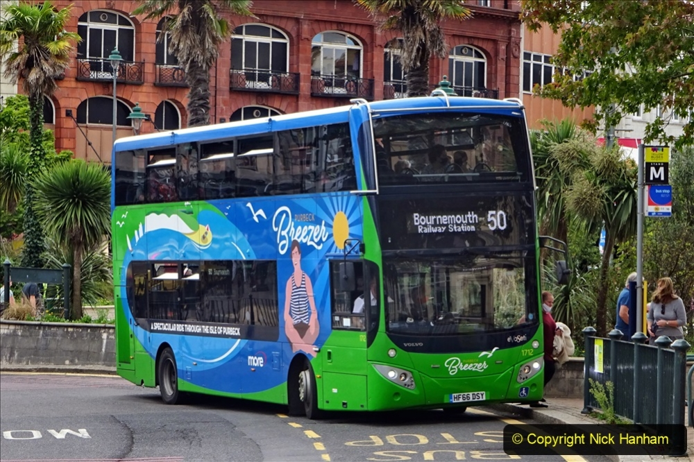 2020-09-09 More Yellow Buses Bournemouth Square. (4) 176