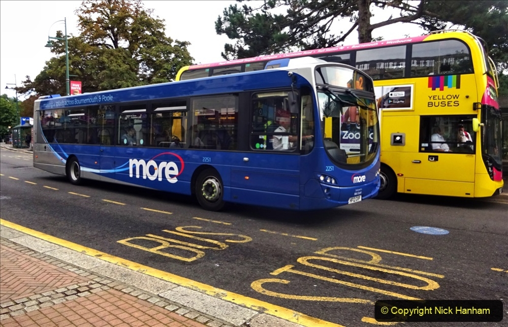 2020-09-09 More Yellow Buses Bournemouth Square. (11) 183