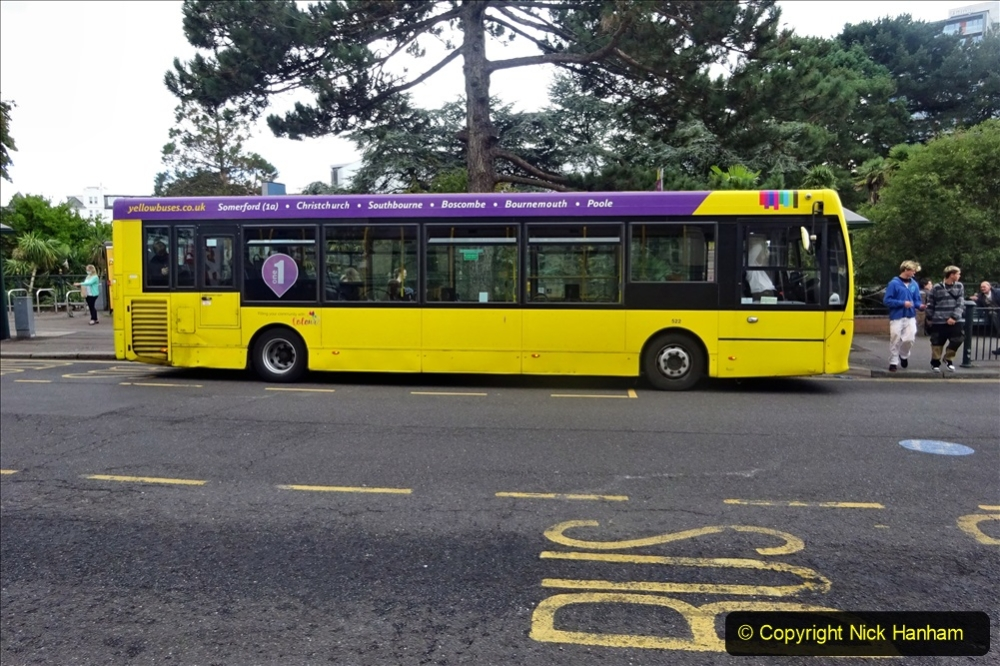 2020-09-09 More Yellow Buses Bournemouth Square. (21) 193