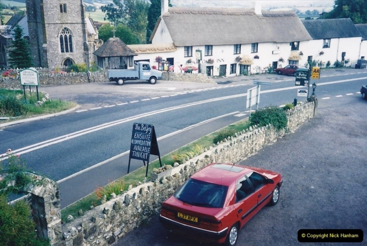 1993 Miscellaneous. (418) B&B in Yarcombe, Somerset. 0422