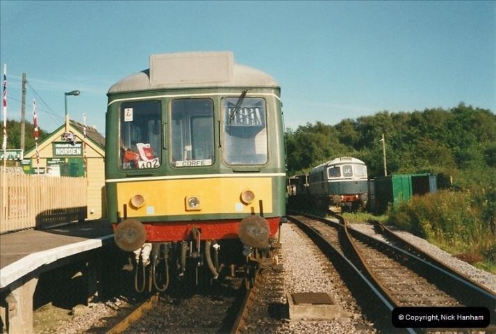 2002-07-12 Driving the late turn DMU.  (4)069