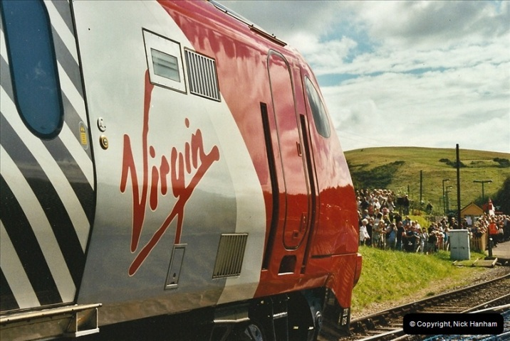 2002-09-08 Virgin Voyager named @ Swanage.  (11)098