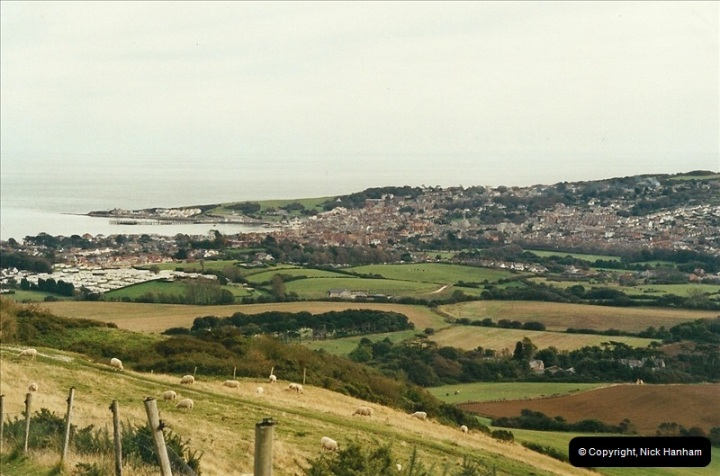 2002-10-19 A walk over the Hills from Corfe Castle to Swanage.  (8)186
