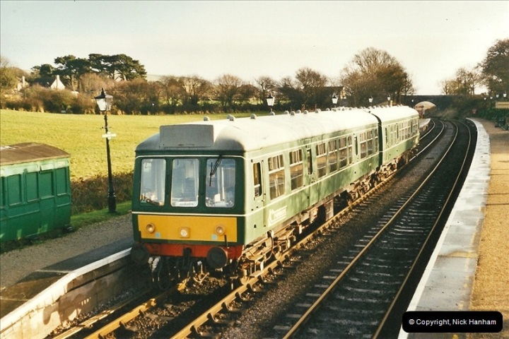 2002-12-01 Driving the DMU on Santa Specials.  (3)197