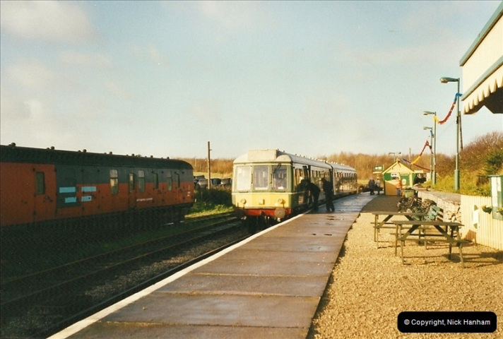 2002-12-01 Driving the DMU on Santa Specials.  (6)200