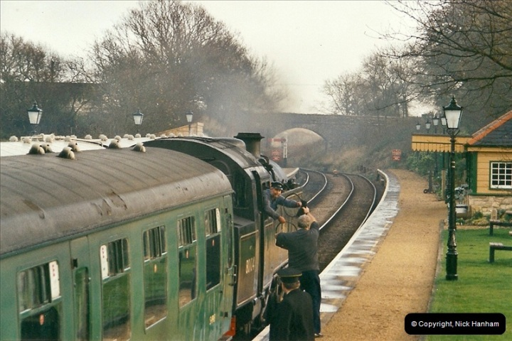 2002-12-01 Driving the DMU on Santa Specials.  (11)205