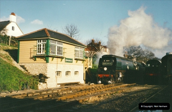 2002-12-01 Driving the DMU on Santa Specials.  (17)211