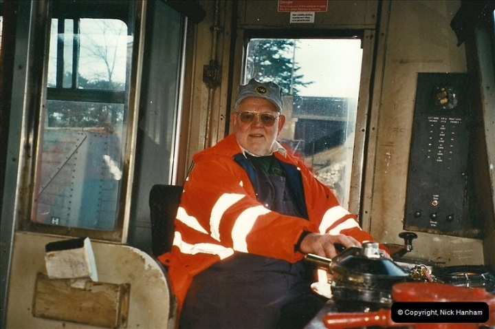 2002-12-01 Driving the DMU on Santa Specials.  (27)221