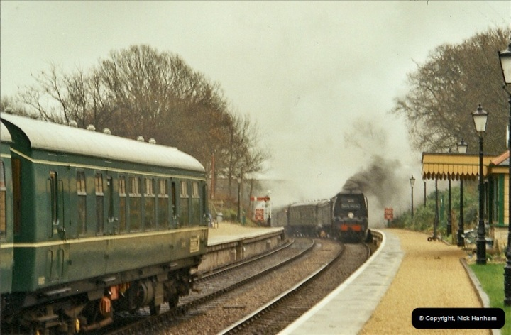 2002-12-14 Driving the DMU on Santa Specials.  (3)239