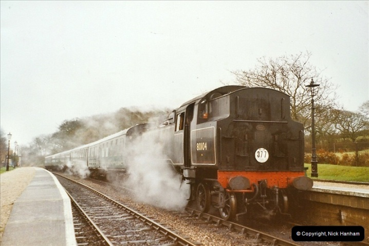 2003-12-13 Santa Specials driving the Dining train with 80104. (3)443
