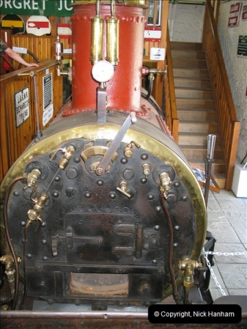 2004-07-13 The Museum @ Corfe Castle.  (15)564