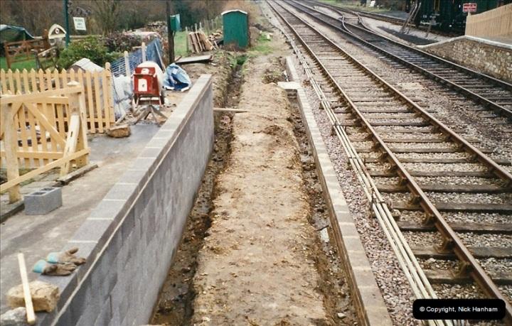 2004-11-30 Corfe Castle station.  (1)660