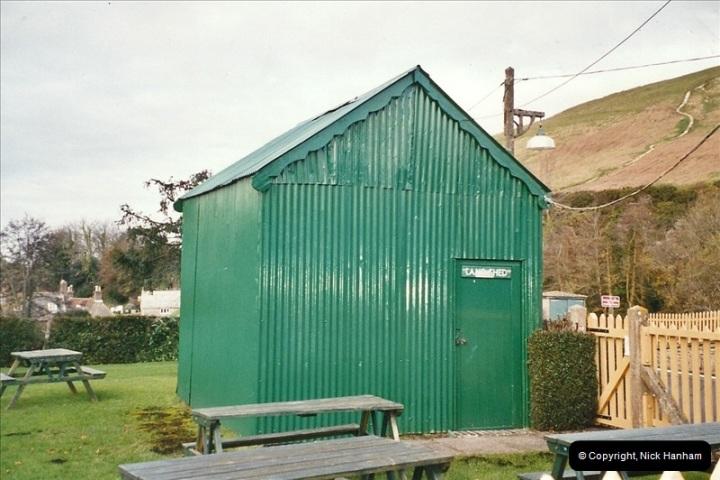 2004-11-30 Corfe Castle station.  (12)671