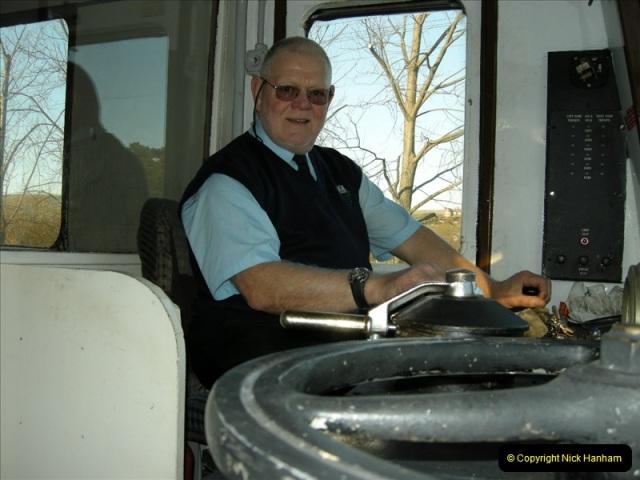2008-12-07 Santa Specials, Driving the DMU.  (39)0628