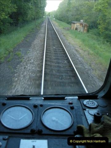 2009-05-15 Driving the late turn DMU.  (18)0249