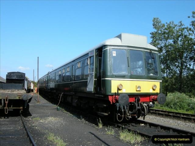 2009-06-04 On the SR DMU.  (1)0445