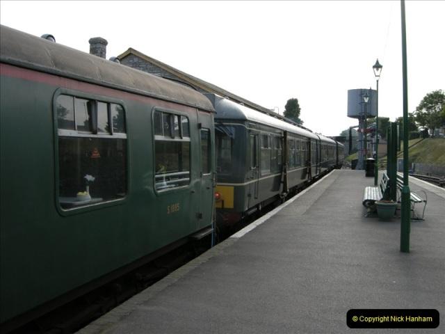 2009-06-05 Late turn DMU (3)0460