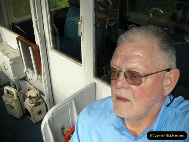 2009-06-05 Late turn DMU (15)0472