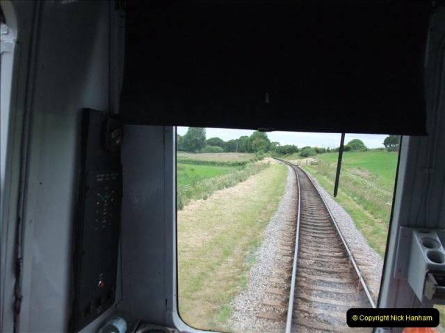 2009-06-19 Late turn DMU.  (17)0562