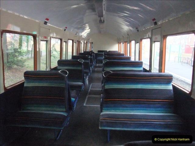 2009-07-22 Late turn DMU.  (11)0614