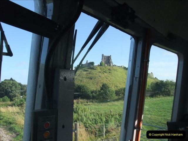 2009-07-24 More late turn DMU.  (15)0652