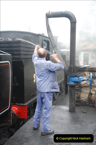 2010-09-11 Your Host Driving  34028 Eddystone. (16)304