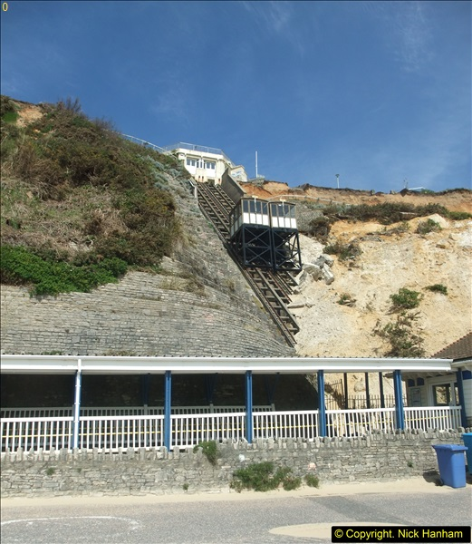 2016-05-05 Recent cliff fall in Bournemouth causing damage to the Victorian Cliff Lift. (3)088