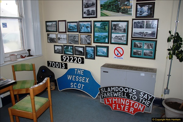 2017-04-04 Parkstone, Poole, Dorset.  (3)123