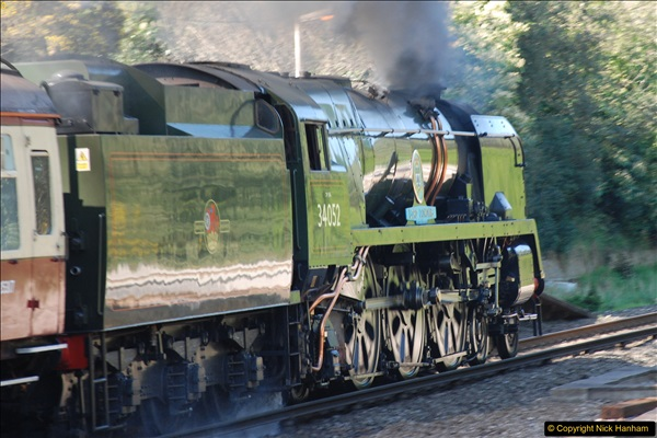 2017-04-08 34046 Braunton as 34052 Lord Dowding at Pokesdown, Bournemouth, Dorset. (14)122