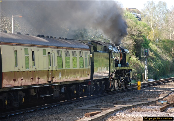 2017-04-08 34046 Braunton as 34052 Lord Dowding at Pokesdown, Bournemouth, Dorset. (15)123