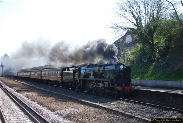 2017-04-08 34046 Braunton as 34052 Lord Dowding at Pokesdown, Bournemouth, Dorset. (9)117