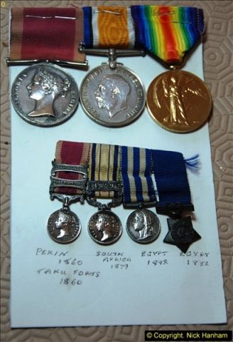 A medal collection (22)22