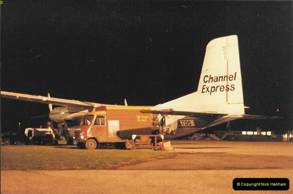 1984-12-21 Bournemouth Hurn Airport, Dorset. (7)033