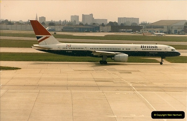 1986-06-21 London Heathrow Airport.  (47)085