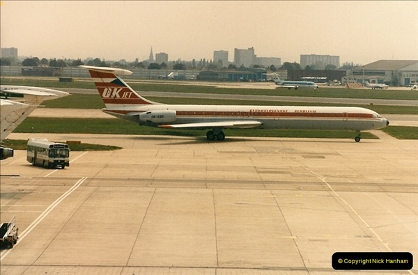1986-06-21 London Heathrow Airport.  (51)089