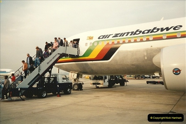 1994-04-12 London Gatwick Airport.121