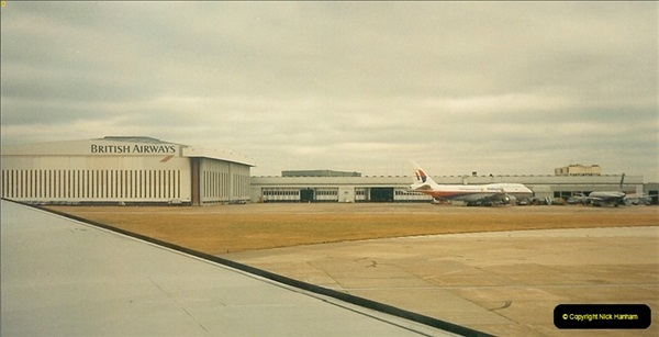 1994-08-14 London Heathrow Airport.  (2)135