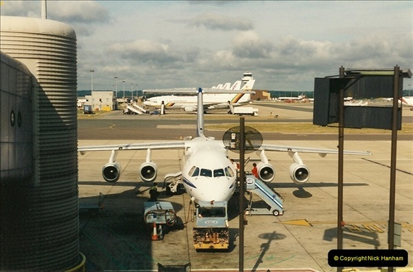 1995-07-17. London Gatwick Airport.  (3)162