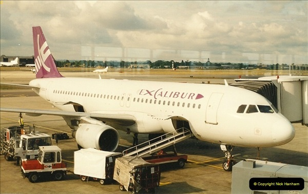 1995-07-17. London Gatwick Airport.  (6)165