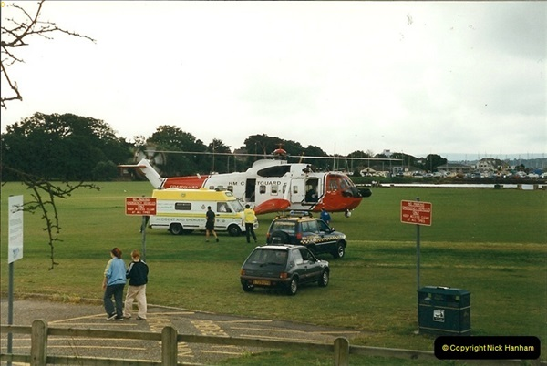 1999 June. Whitecliffe, Poole, Dorset. (3)201