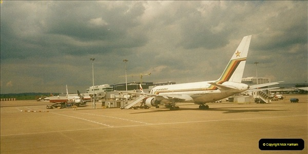 2000-05-20 London Gatwick Airport.  (2)208