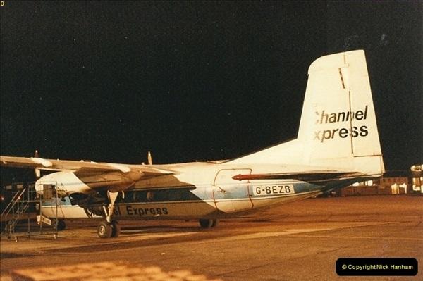 1984-12-21 Bournemouth Hurn Airport, Dorset.  (2)028
