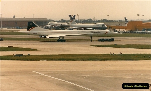 1986-06-21 London Heathrow Airport.  (16)054