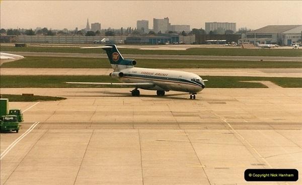 1986-06-21 London Heathrow Airport.  (17)055